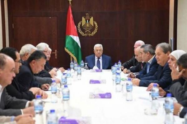 مركزية فتح تدعو حكومة الوفاق لتسلم كامل مهامها في قطاع غزة