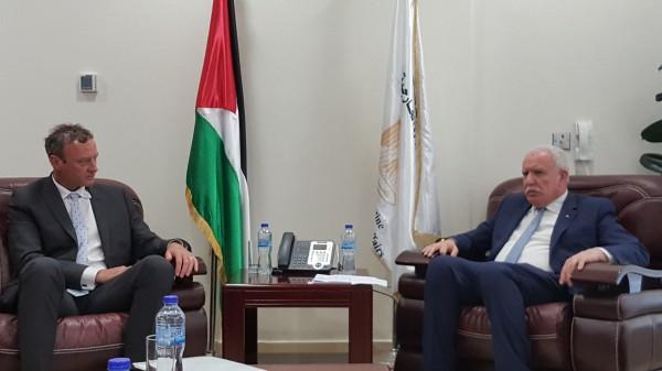 المالكي يتسلم أوراق اعتماد سفير نيوزيلاندا غير المقيم لدى فلسطين