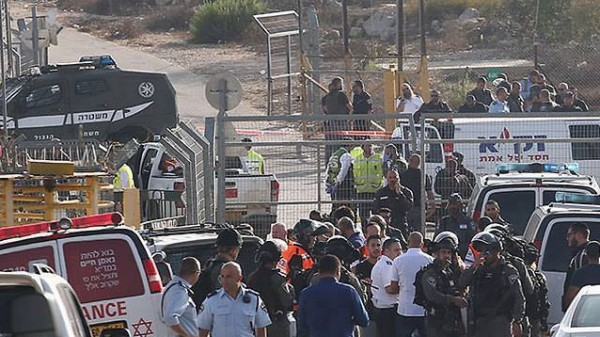 التحقيقات الإسرائيلية تزعم: منفذ عملية القدس أطلق 10 رصاصات..تدرب جيداً على السلاح