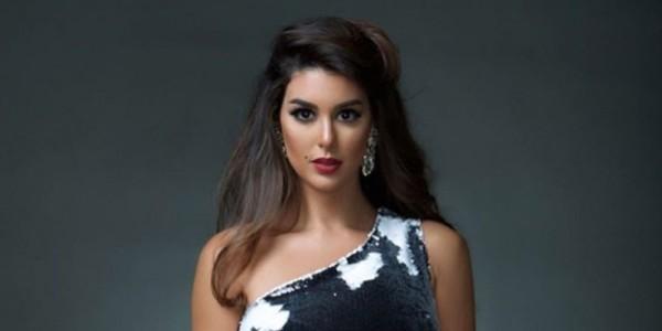 ياسمين صبري الأكثر بحثاً على تويتر بسبب جرأة فستانها وتألقها في الجونة