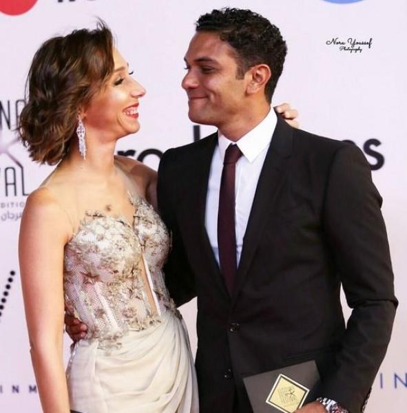 رد م بهر من آسر ياسين بعد سخرية الجمهور من زوجته دنيا الوطن