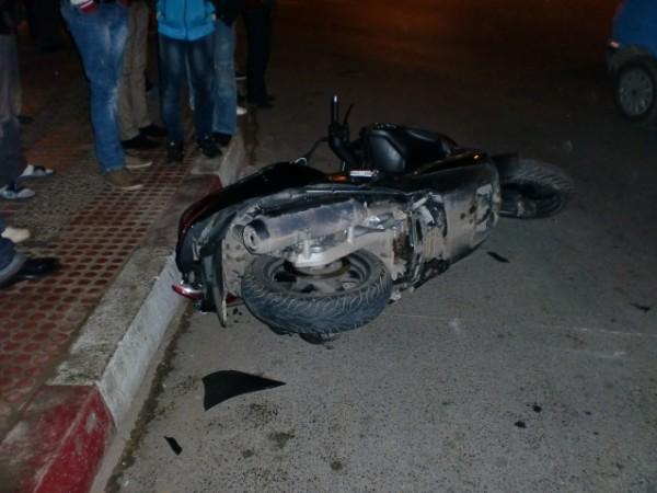 مصرع مواطن وإصابة آخر بجروح خطيرة في حادث سير غرب غزة