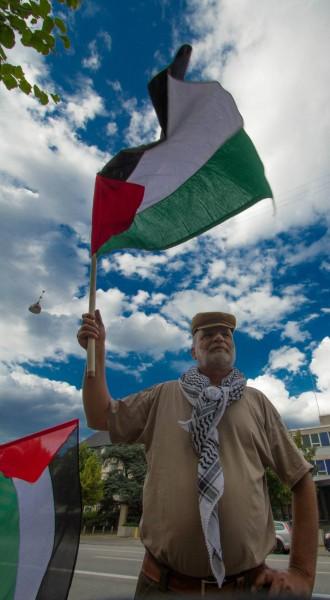 شمعة امل ونادي الزيتون تبعث رسالة شكر لبلدية الناصرة