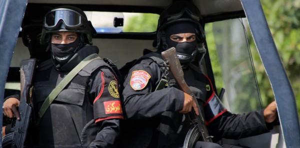 مصر: مقتل 16 من الشرطة المصرية في مواجهات منطقة (الواحات) بالجيزة