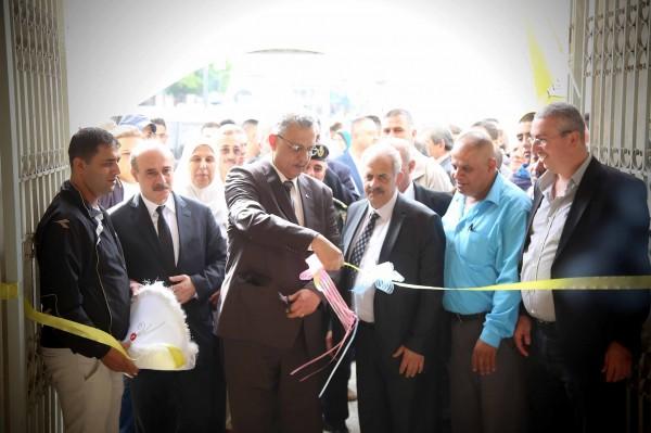 محافظ طولكرم يفتتح معرض صور خاص بالشهيد ياسر عرفات