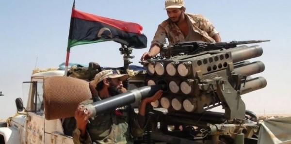 قوات المجلس الرئاسي الليبي تشتبك مع مسلحين في سرت