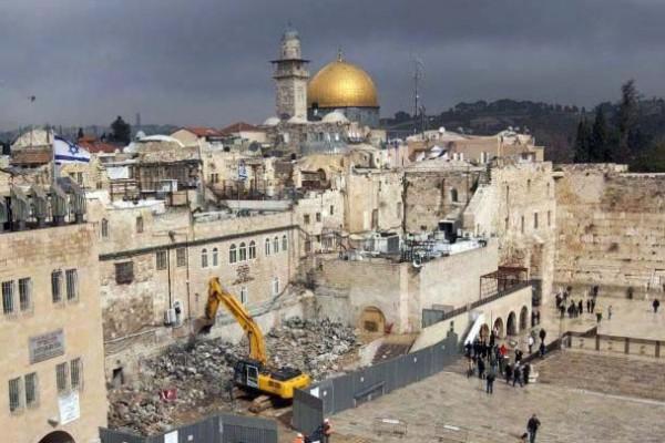 الحسيني: مخططات إسرائيل بهدم بنايات المقدسيين تمثل جريمة