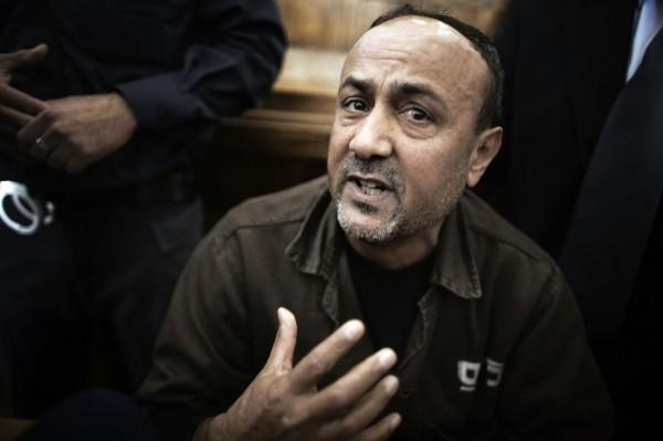 باريس تطالب إسرائيل بالسماح بدخول مسؤوليها للقاء البرغوثي