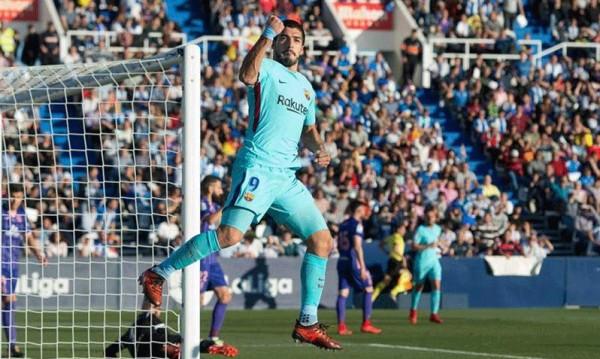 ثنائية سواريز تقود برشلونة إلى الفوز على ليغانيس