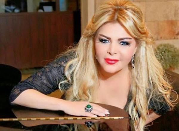 """فُلة الجزائرية تحذف هذه الصورة عبر """"انستغرم"""" تفادياً للتعليقات المُسيئة"""