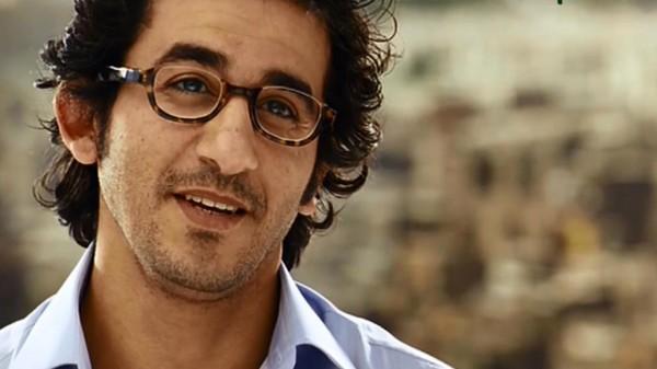 حاولوا الدفاع عن شيرين .. فتورط أحمد حلمي بفيديو يكشف الكثير
