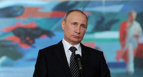 """بوتين: الحرب على """"الإرهابيين"""" في سوريا انتهت تقريباً"""