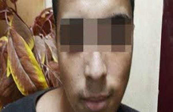 """بسبب مقاطع جنسية .. شاذ مصري يقتل """"شريكه"""" بـ40 طعنة"""