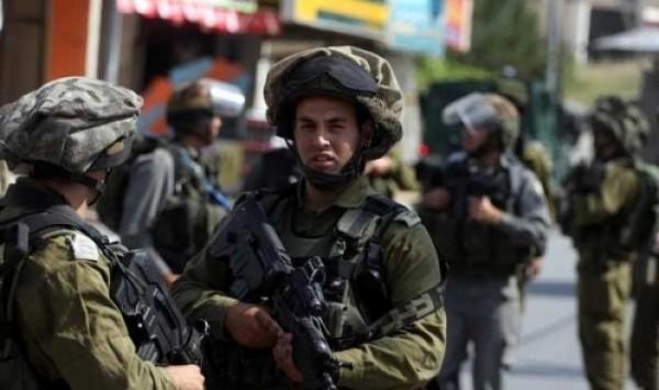 الاحتلال يعتقل فتاة بزعم محاولتها تنفيذ عملية بالقرب من القدس