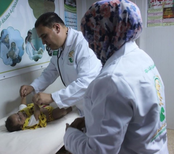 عيادات مركز الملك سلمان للإغاثة تواصل تقديم خدماتها للاجئين