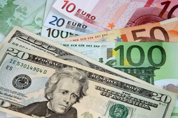 العملات: ارتفاع على سعر صرف الدولار