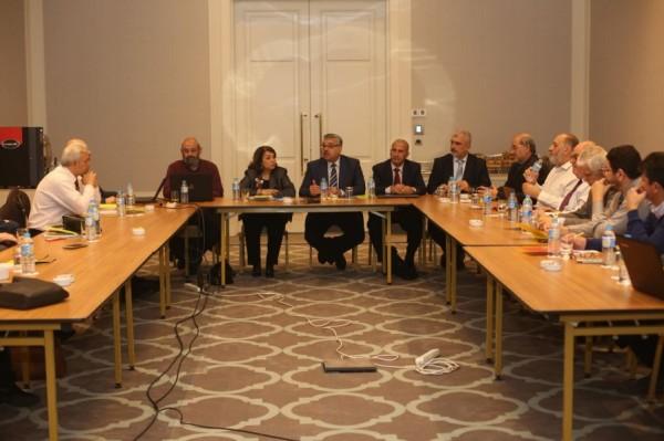 لجنة القدس بالمؤتمر الشعبي تعقد اجتماعا طارئا في إسطنبول
