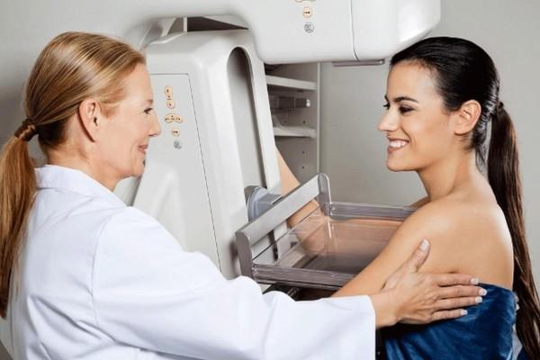 توقفي عن تصوير الثدي بالأشعة السينية