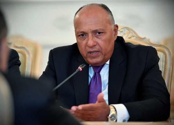 شكري: مصر لا تقبل التعامل مع القدس خارج الشرعية الدولية