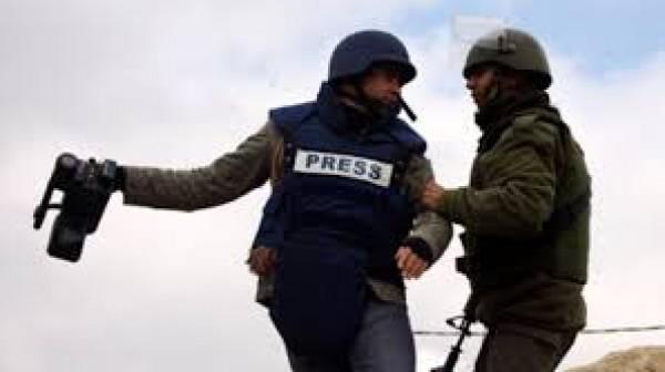 """""""الإعلام"""": """"القناة الثانية"""" تستبيح دماء صحافيينا"""