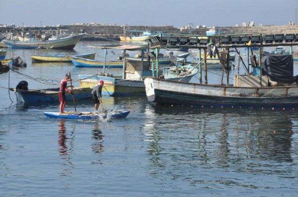 احتجاجاً على مقتل صياد.. تعليق الصيد بمياه غزة ابتداءً من اليوم