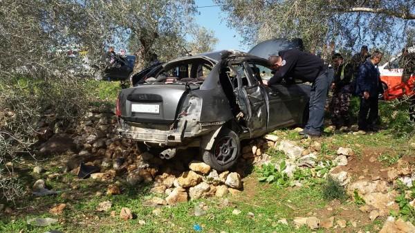 دفاع مدني سلفيت يخلي أربع إصابات من حادث إنقلاب مركبة