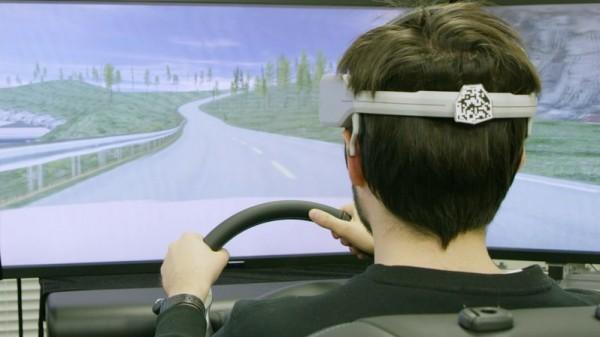 """""""نيسان"""" تستعرض تكنولوجيا التواصل بين دماغ السائق والمركبة"""
