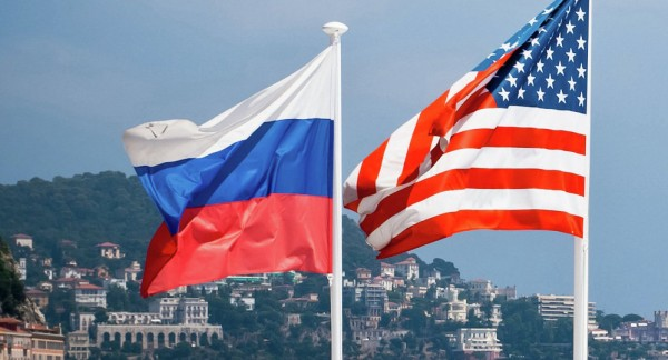 مباحثات روسية أمريكية بشأن تحسين العلاقات