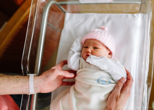 فضيحة في مستشفى أردني .. أب يرفض تسلم مولوده الجديد