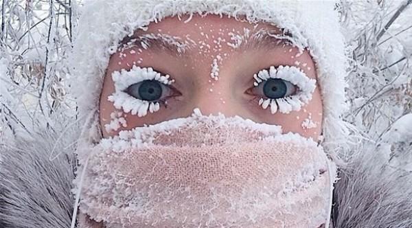 قرية في سيبيريا تتجمد رموش سكانها من شدة البرد