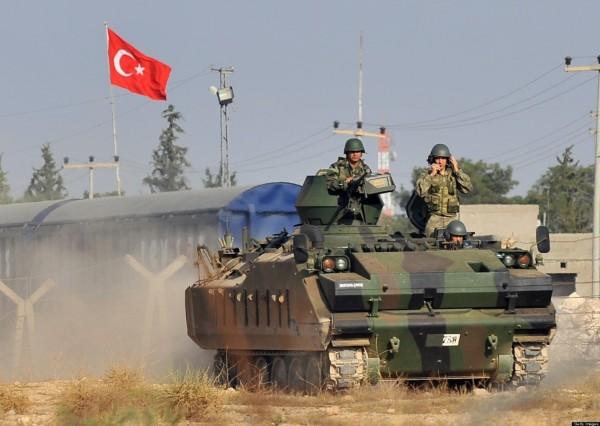 """الجيش التركي يطلق عملية """"غصون الزيتون"""" في عفرين السورية"""