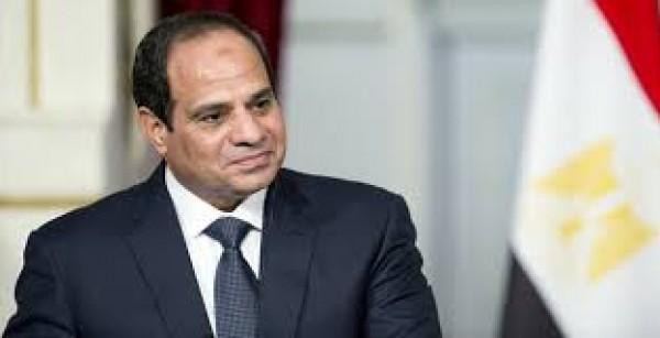 الرئيس المصري يبحث مع بنس التطورات في المنطقة