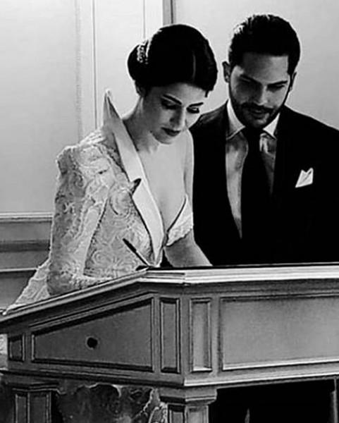 فنانة تونسية بأغرب وأجرأ فستان زفاف قد تُشاهده