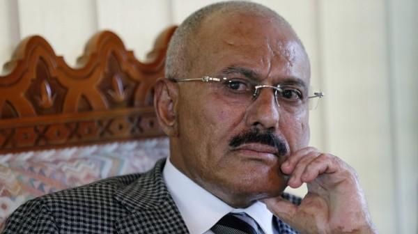 الكشف عن تفاصيل اللقاء الأخير بين صالح والحوثي