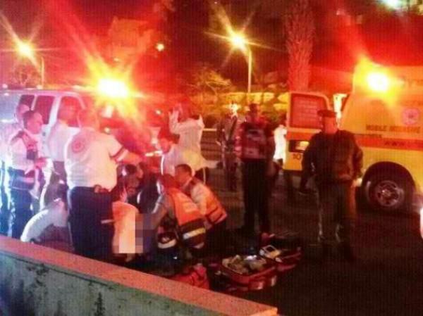 إصابة ثمانية أشخاص بحادث سير قرب مستوطنة (شافي شمرون) بنابلس