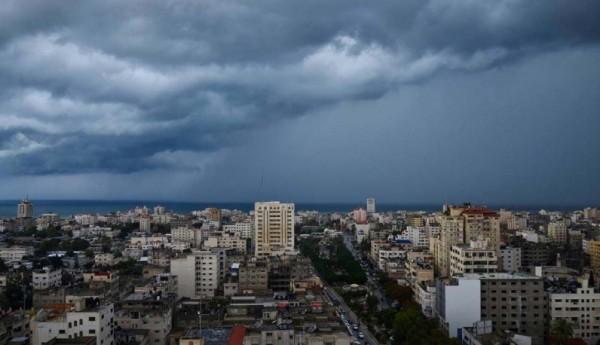 الاثنين: منخفض جوي مصحوب بأمطار على معظم المناطق
