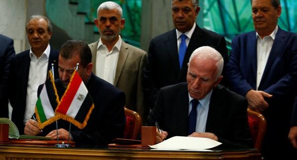 صحيفة: أفكار مصرية لتمكين الحكومة بغزة وحل ملف الموظفين