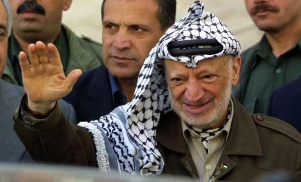 """إسرائيل خططت لاغتيال """"عرفات"""" عبر إسقاط طائرة سعودية"""