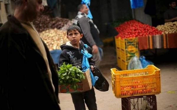 """""""الإحصاء"""": عمالة الأطفال في الضفة أعلى منها في غزة"""