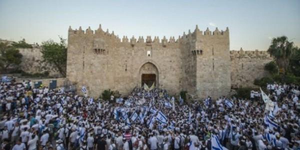 """جماعات """"الهيكل"""" تدعو لمسيرة حول أبواب المسجد الأقصى مساء غد"""