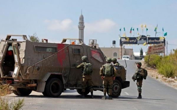 الاحتلال يغلق مدخل مخيم الفوار
