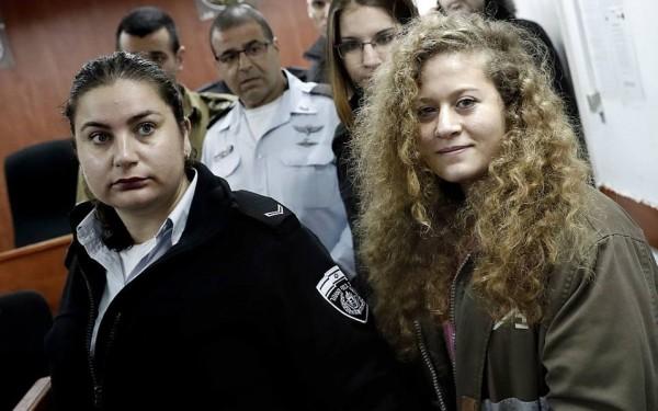 فيديو وصور: محكمة إسرائيلية تمدد اعتقال عهد التميمي