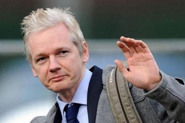 القضاء البريطاني يُثبّت مذكرة الاعتقال بحق مؤسس (ويكيليكس)