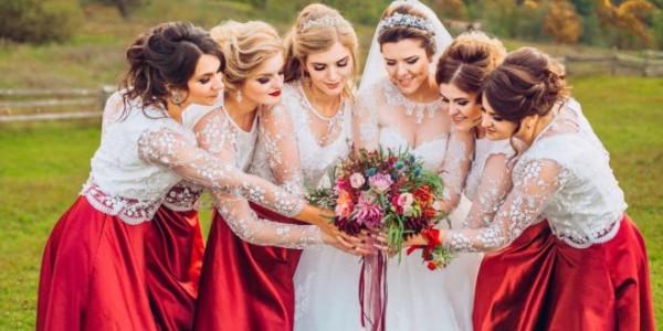 زفاف من وحي عيد الحب... أفكار مبتكرة