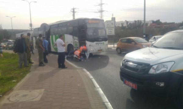 الاحتلال يعتقل السائق الذي أوصل منفذ عملية الطعن عند مستوطنة (أرئيل)