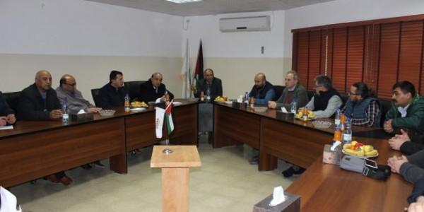 وفد أكاديمي تركي يزور بلدية دورا ويبحث سبل تعزيز التعاون