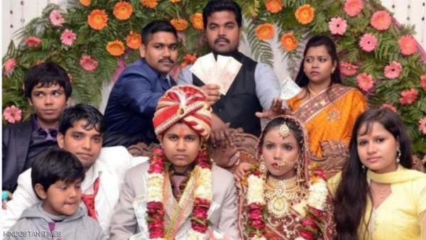 هندية تنتحل صفة رجل لتتزوج امرأتين من أجل المهر