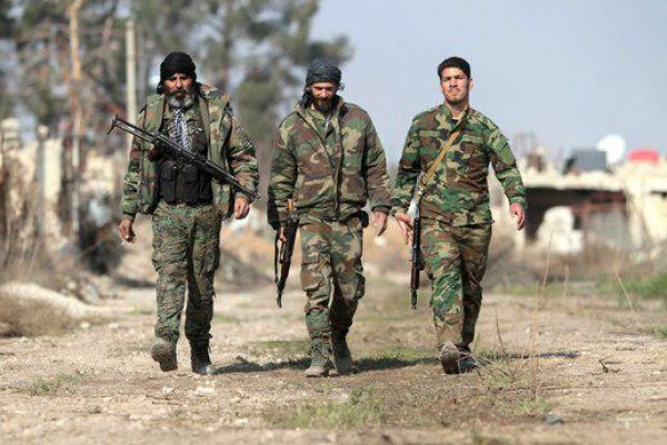 لإبعاد إيران عن الجولان.. إسرائيل تزود المعارضة السورية بالسلاح والأموال