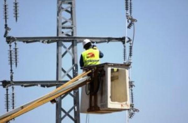 ملحم ينفي تلقي أي مبادرة قطرية لحل أزمة كهرباء غزة