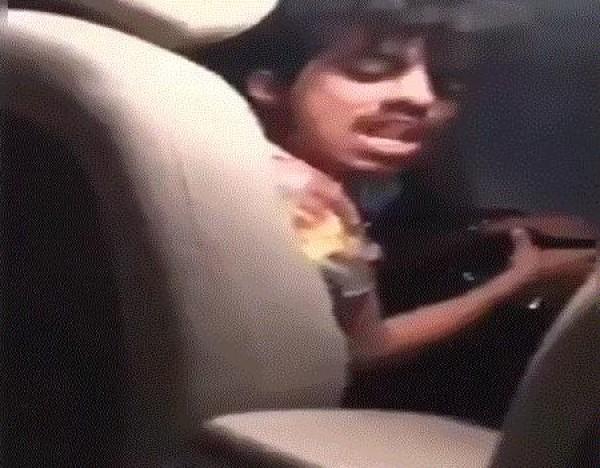 فيديو: سائق من اوبر يتحرش بفتاة من ذوي الاحتياجات ويهز السعوديين